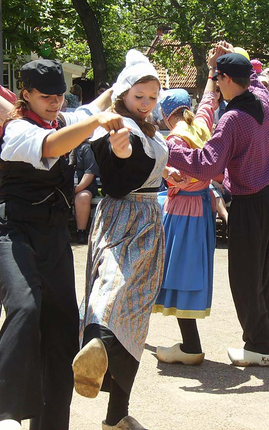 Nelis Dutch Village Dutch Dancers